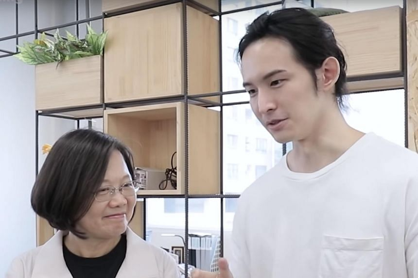 """""""Potter King"""" released a video over the weekend in which he tried out some of his pick-up lines on President Tsai Ing-wen."""