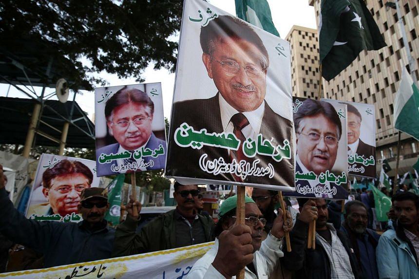 Supporters of former President Pervez Musharraf protest against sentencing Musharraf to death in Karachi, Pakistan, on Dec 18, 2019.