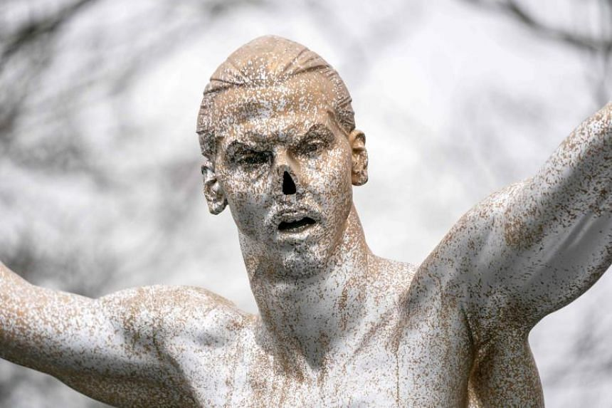 A statue of Zlatan Ibrahimovic's nose has been cut off and the bronze statue has been sprayed silver.