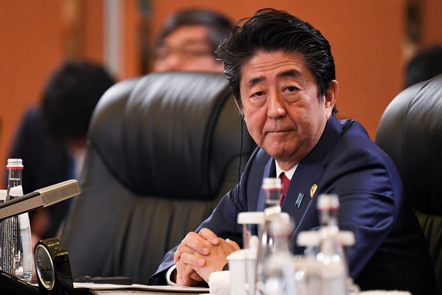 38 per cent of respondents surveyed Dec 21-22 said they supported Japanese Prime Minister Shinzo Abe, down for the third straight month.