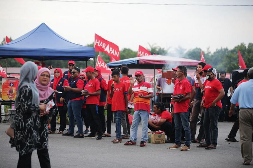 In a photo taken on Nov 14, 2019, Pakatan Harapan supporters are seen at Kukup night market.