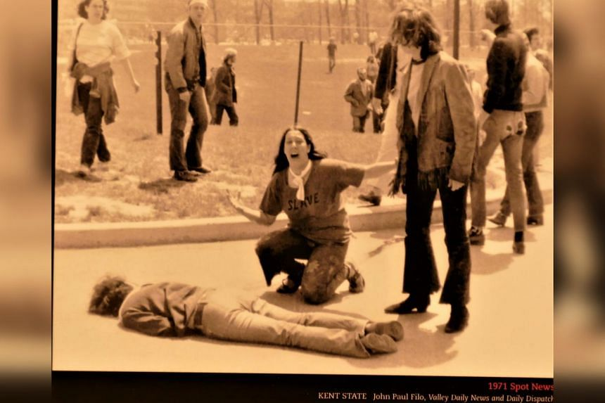Pulitzer winning pictures - Kent State University 1971, panel at the Newseum in Washington.