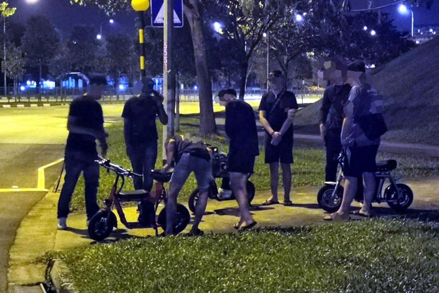 LTA officers conducted their plain clothes operations at various areas in Bukit Panjang and Jurong to enforce the new active mobility rules.
