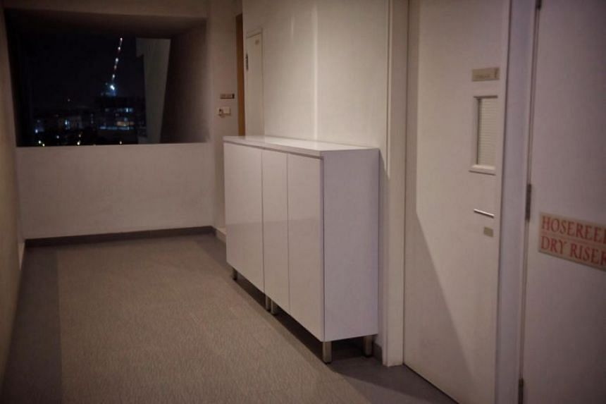 The cabinet, placed beside the apartment's front door, is 1.06m long and 0.36m wide.