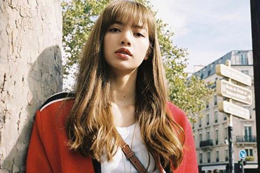 Blackpink singer Lisa did a photo shoot at MQQN Cafe, whose owner tried to put up items she used for auction.