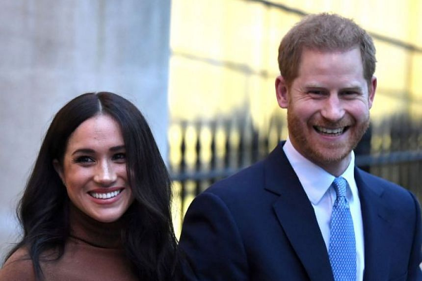 Harry and Meghan leaving after a visit to Canada House in London, Jan 7, 2020.