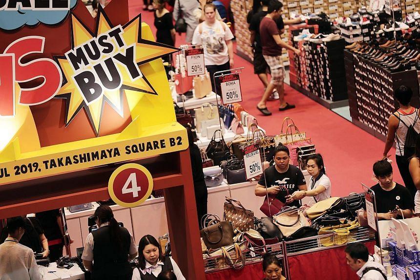 Sales of apparel and footwear increased 4.3 per cent last November.