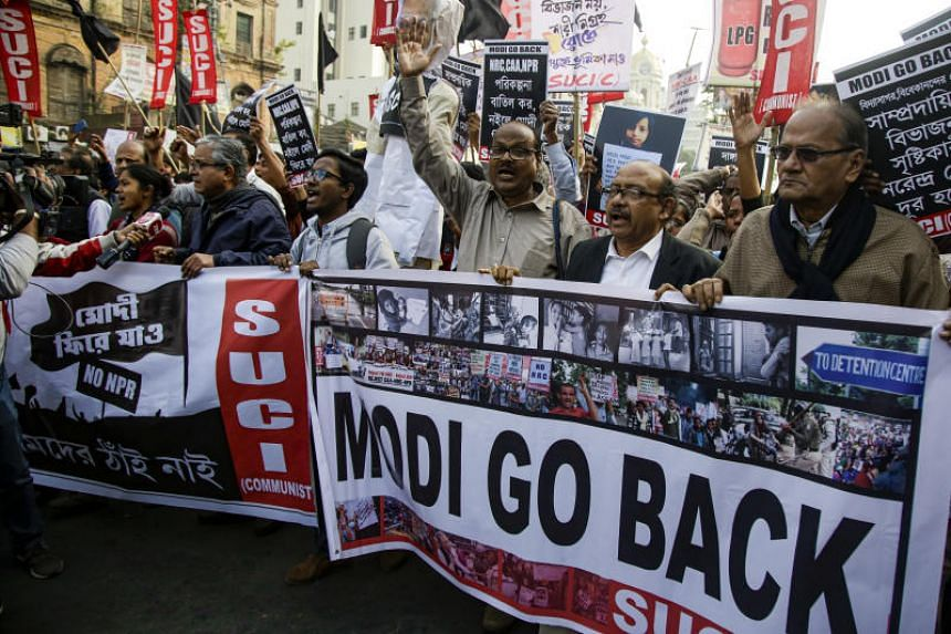 Members and activists of different leftist organisations and university students protest against the controversial citizenship law and Indian Prime Minister Narendra Modi's visit, in Kolkata, on Jan 11, 2020.