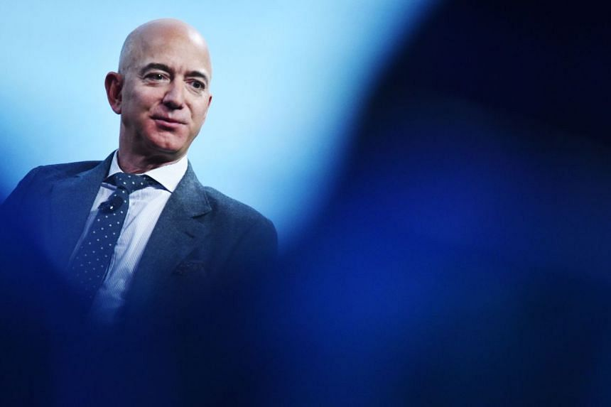 """Amazon chief executive Jeff Bezos is slated to headline the inaugural session of Amazon India's event for small and medium businesses - """"smbhav"""" - which kicks off Jan 15 in New Delhi."""