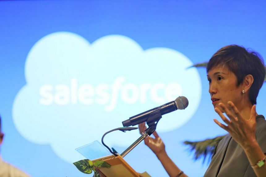 Manpower Minister Josephine Teo announces updates to the Fair Consideration Framework at the Professional Conversion Programme for Salesforce Platform Professionals on Jan 14, 2020.