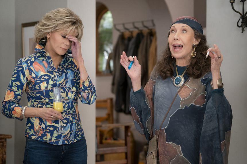 Jane Fonda (left) as Grace and Lily Tomlin as Frankie.