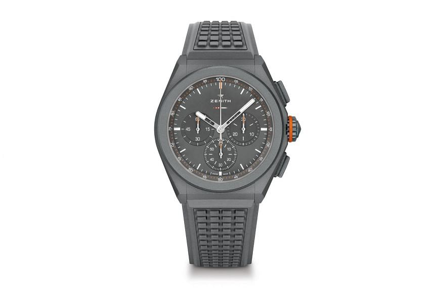 44mm case of the Defy 21 Land Rover Edition.