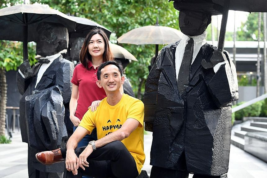 Mr Liu Yuantai and his wife Florence have a joint account for shared expenses that they both contribute $500 to each month. One advantage in doing so is that each person retains some degree of personal space and financial autonomy, as opposed to havi