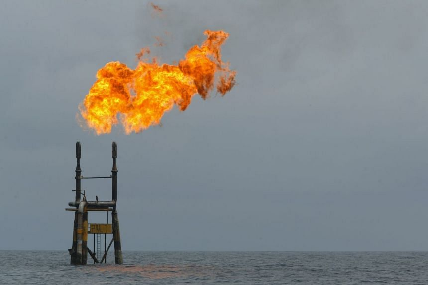 IEA warns oil companies doing nothing on emissions is not an option
