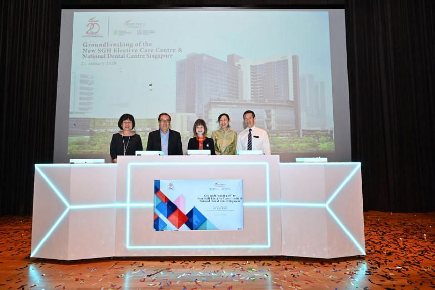 (From left) National Dental Centre Singapore Director, Clinical Assoc Prof Poon Choy Yoke, SingHealth chairman Peter Seah, Senior Minister of State for Health Amy Khor, SingHealth group CEO Ivy Ng, Singapore General Hospital CEO Kenneth Kwek at the g