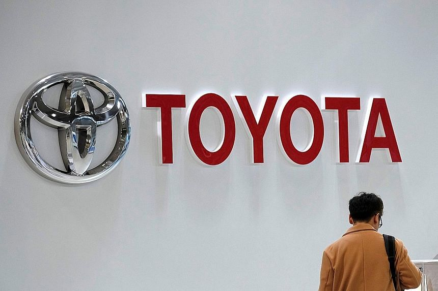 Toyota Motor Corp will recall roughly 2.9 million vehicles over a faulty electronic control unit that could malfunction in certain crashes and cause airbags and seat belt pre-tensioners to not deploy, while Honda will recall 2.4 million older vehicle