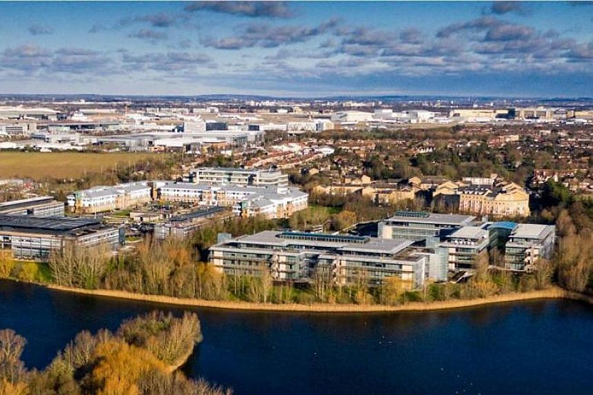 The business park is located at Bedfont Lakes, Feltham, Middlesex, and has a lettable area of about 272,000 sq ft.