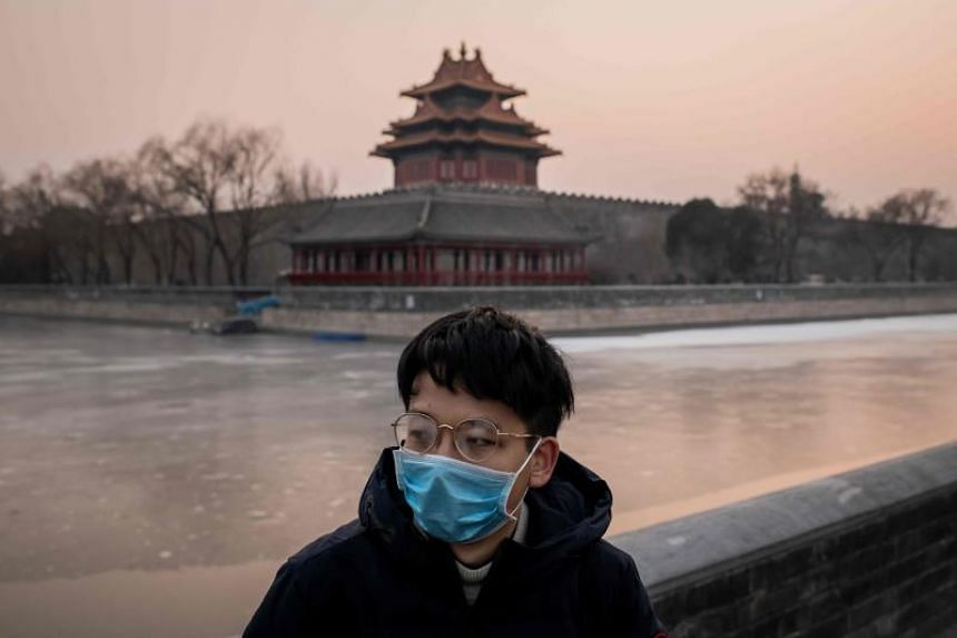 China extends holiday as virus spreads, Mongolia closes its borders