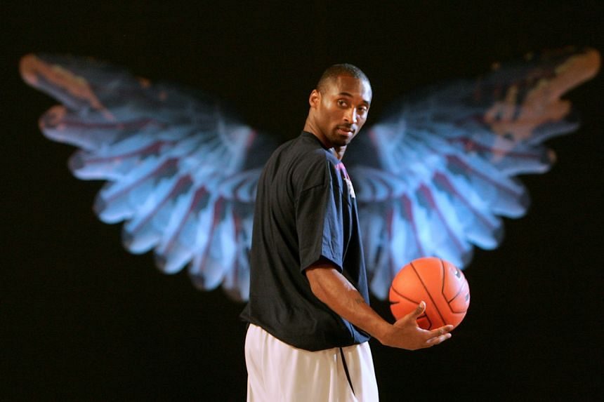 Kobe Bryant of the NBA's Los Angeles Lakers attends a gathering with his fans in Shanghai during his Supernatural Asia Tour 2007, on Sept 8, 2007.