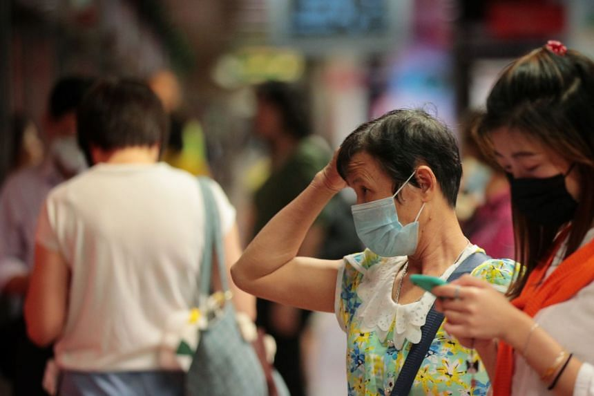 Complaints from the public alleged that retailers such as Deen Express took advantage of the Wuhan virus situation to sell masks at grossly inflated prices.