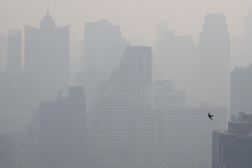 The Bangkok Metropolitan Administration is ordering a three-day halt to construction of high-rise buildings and electric train routes to reduce air pollution in metropolitan areas.