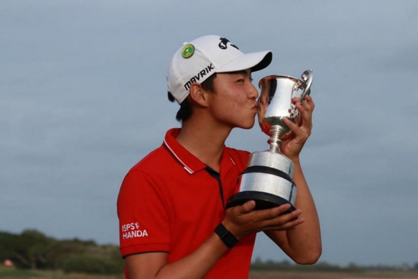 Min Woo Lee celebrating with his trophy after winning the Vic Open on Feb 9, 2020.
