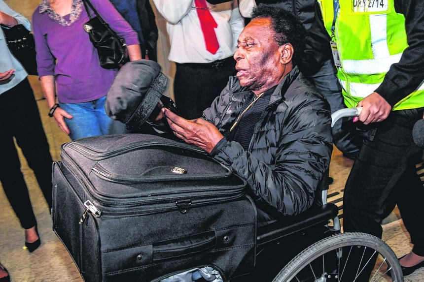 Many of Pele's most recent public appearances have been in a wheelchair.