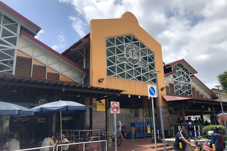 The Chong Pang Market & Food Centre at Block 105, Yishun Ring Road, is a foodie destination.