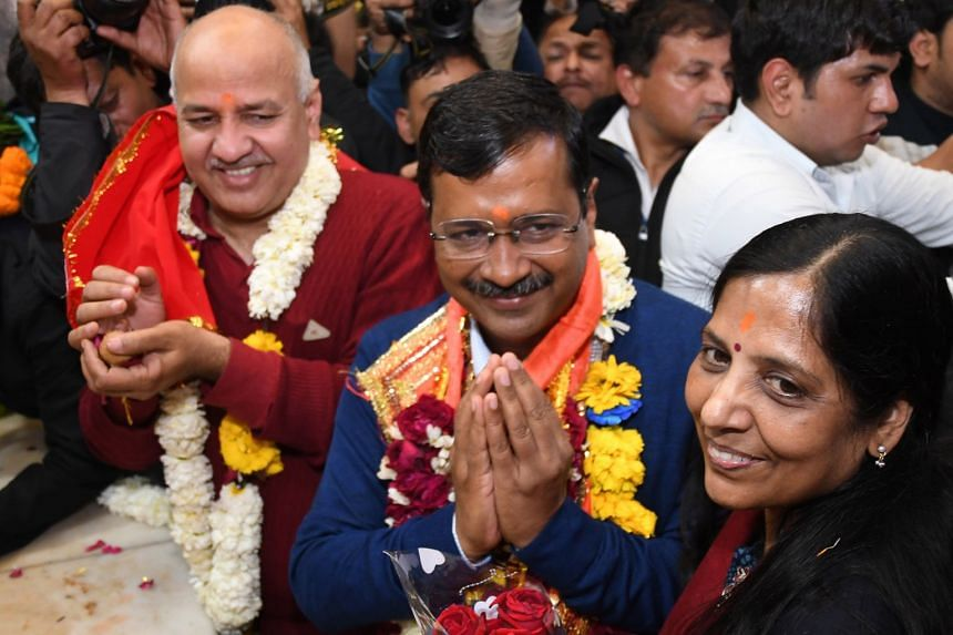 Aam Aadmi Party chief and Chief Minister of Delhi Arvind Kejriwal (centre), with his wife, Mrs Sunita Kejriwal,   and Deputy Chief Minister of Delhi, Manish Sisodia, visiting Hanuman Mandir in New Delhi, on Feb 11, 2020.