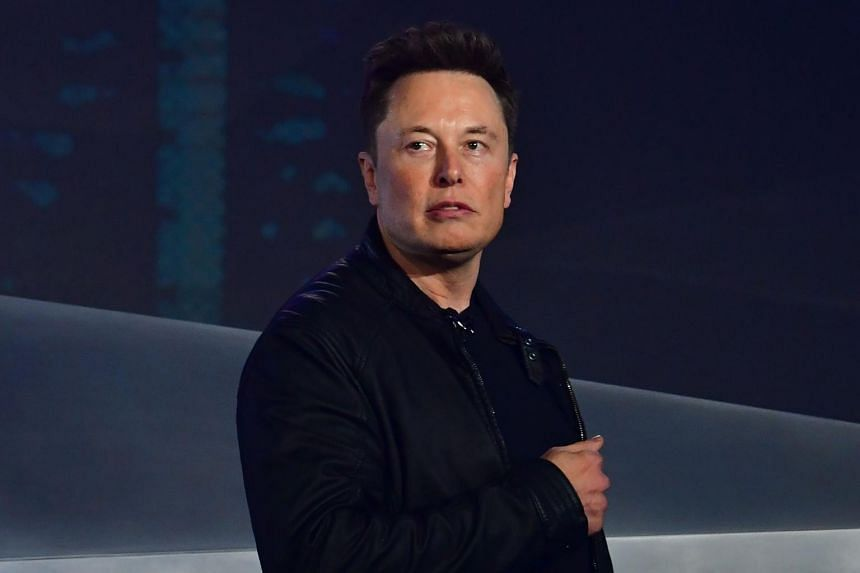 Elon Musk disses 'underwhelming' Bill Gates after Porsche comments
