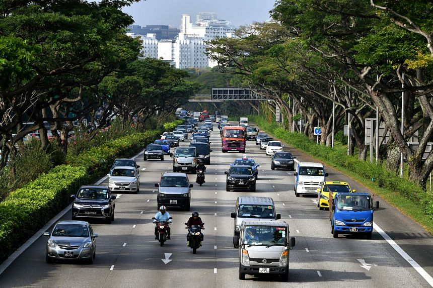 Cars and vehicles on the Pan-Island Expressway (PIE) near Bedok Reservoir Road.