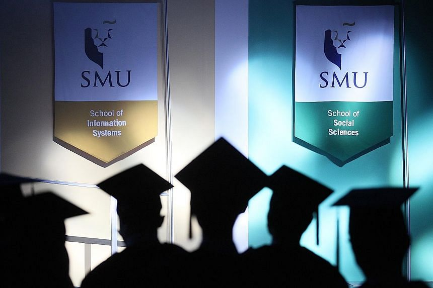 Graduates at the Singapore Management University's commencement ceremony in 2017. The annual graduate employment survey figures in Singapore show that university graduates have higher starting salaries than polytechnic graduates, and the gap widens o