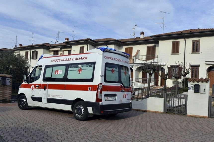 Medical staff transfers a patient to the hospital in Codogno, Italy, on Feb 23, 2020. Estonia's first coronavirus case is an Iranian citizen.
