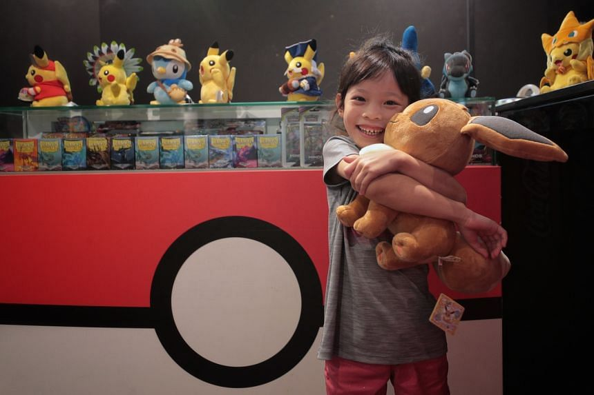Simone Lim in winning the US$1,500 (S$2,089) prize money and qualification points for the world championships in August, became Singapore's youngest e-sports champion.