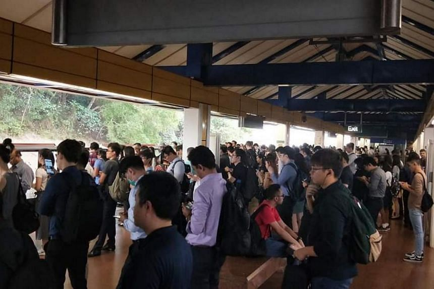 The crowd at Bukit Batok MRT station, on March 5, 2020.