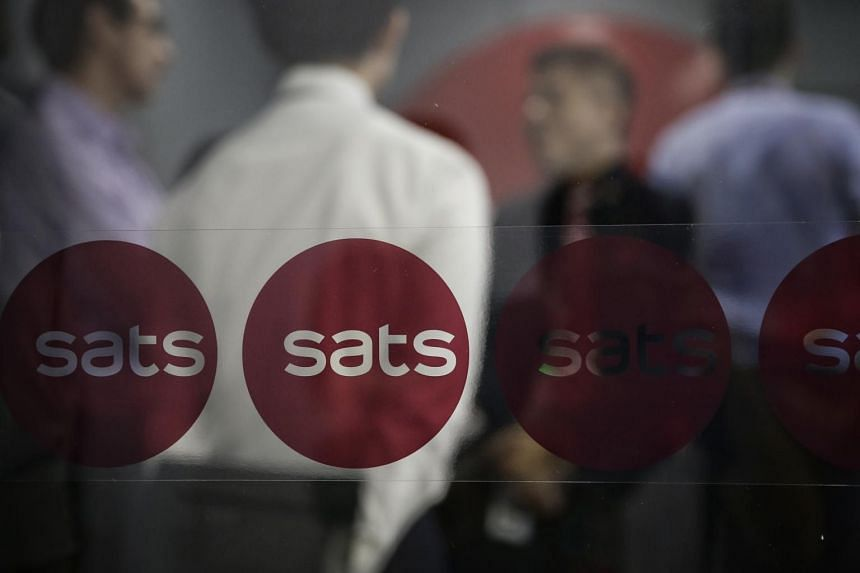 SATS on Monday announced a 15 per cent pay cut for its president and chief executive Alex Hungate amid a series of further cuts which took effect from March 1.