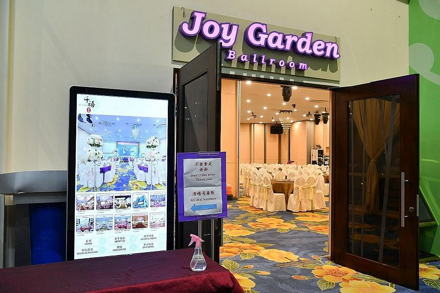 Of the 160 confirmed coronavirus cases in Singapore, 36 can be traced to a Feb 15 Chinese New Year function held in the ballroom of Joy Garden restaurant at Safra Jurong. ST PHOTO: CHONG JUN LIANG