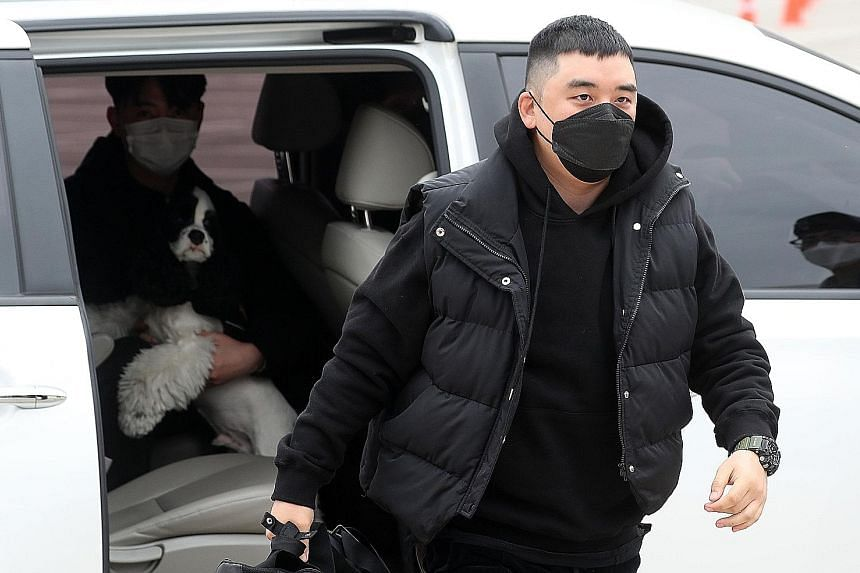 Former BigBang member Seungri arriving at a military boot camp in the border town of Cheorwon, 100km north of Seoul, on Monday.