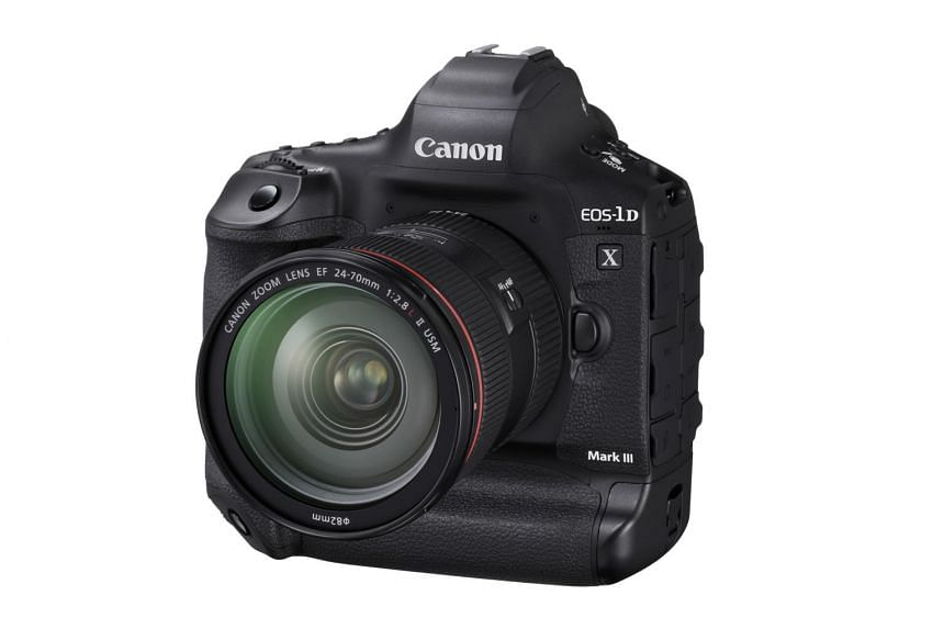 Canon has stuffed an all-new 20.1-megapixel full-frame image sensor with a low-pass filter - said to reduce moire effects and offer greater sharpness.
