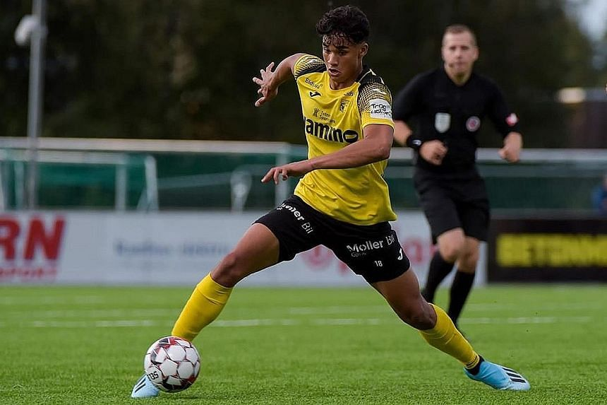 Singapore forward Ikhsan Fandi on the attack for his Norwegian second-tier club Raufoss. He enjoyed his experience training with top-tier side Start but a possible move is on hold owing to the coronavirus crisis. PHOTO: INSTAGRAM/ IKHSANFANDI