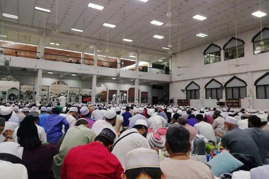 People gathering at Seri Petaling Mosque, the mosque linked to the coronavirus outbreak, in Kuala Lumpur, Malaysia, on Feb 29, 2020.