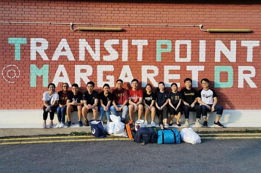 Volunteers from Home Away From Home at Transit Point@Margaret Drive.