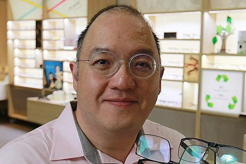 """The Alexis store by Nanyang Optical in Ngee Ann City shopping centre. Sales at the chain's two Orchard Road shops - the other is in Paragon - have """"dropped to the low hundreds of dollars this past weekend"""", said managing director Bernard Yang. """"This"""