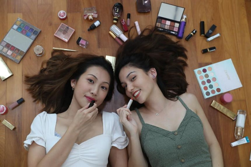 Co-founders of Beauty Pantry, Kimberly Ong (left) and Sarah Bennett.