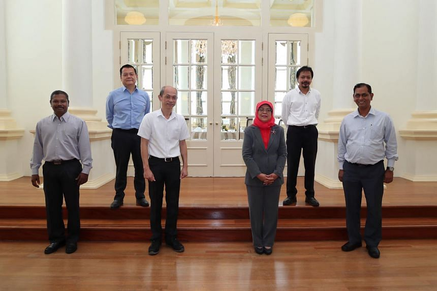 President Halimah Yacob hosted lunch for union leaders from the aviation sector yesterday to find out how workers are coping amid the Covid-19 pandemic that has battered the sector. They adopted safe distancing at the meal and while taking the custom