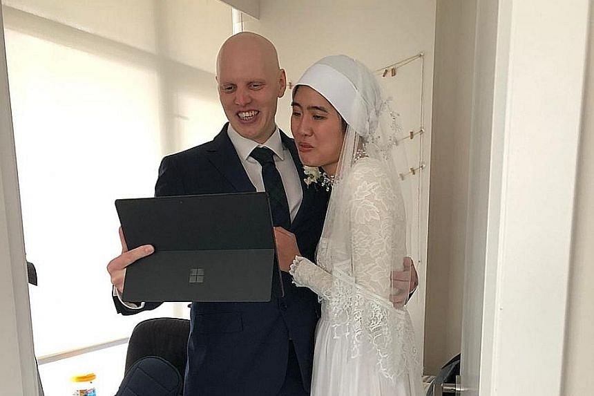 (Above) Mr Amin Sulaiman and Ms Noelle Yong tied the knot in their new HDB flat with eight family members, in place of their planned lunch reception and dinner. (Left) Singaporean Dhuha Isa, 29, and Briton Mark Hunter, 33, held their wedding last mon