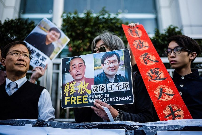 Chinas rights lawyer released