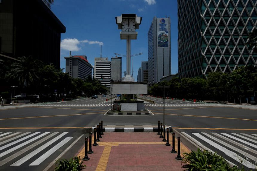 Jakarta will start large-scale social distancing measures from April 10, 2020.