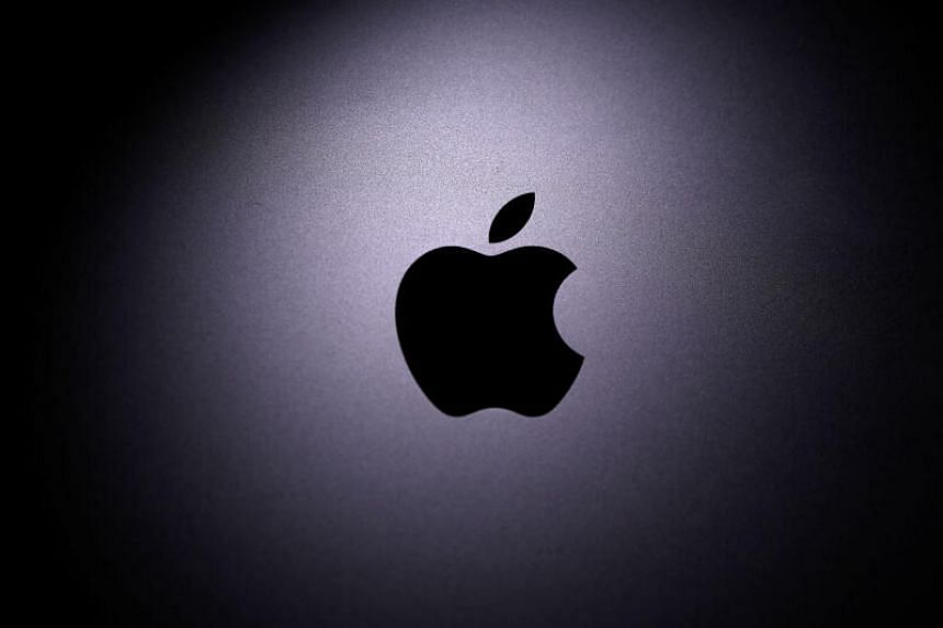 Apple, Google Team on Coronavirus Tracking - Sparking Privacy Fears