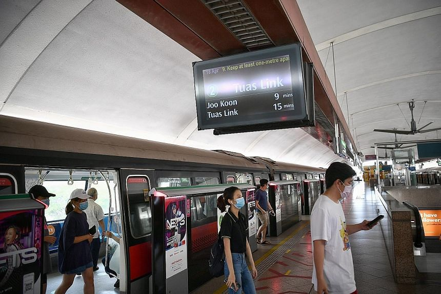 Commuters at Tampines MRT station at 4pm yesterday. Although trains may not be crowded during non-peak hours, some commuters have found themselves in packed train carriages since service frequency was reduced on Friday, and have taken to social media